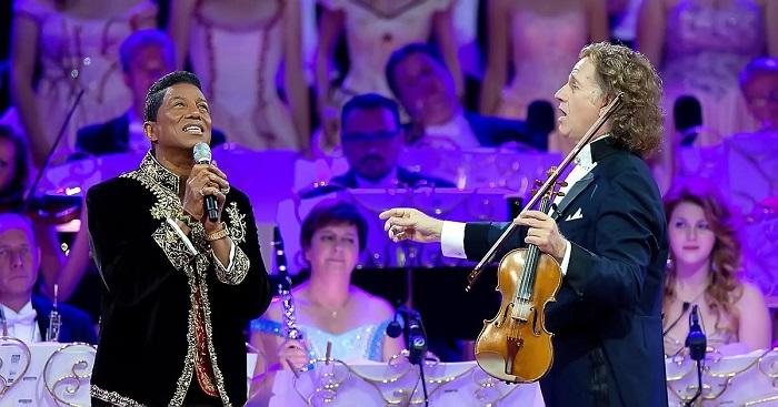 Sokan énekeltek már André Rieu oldalán, de ez a produkció neked is könnyeket csal a szemedbe
