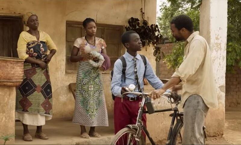 A fiú, aki befogta a szelet - a 14 éves fiú, aki megmentette a családját és az egész falut az éhínségtől